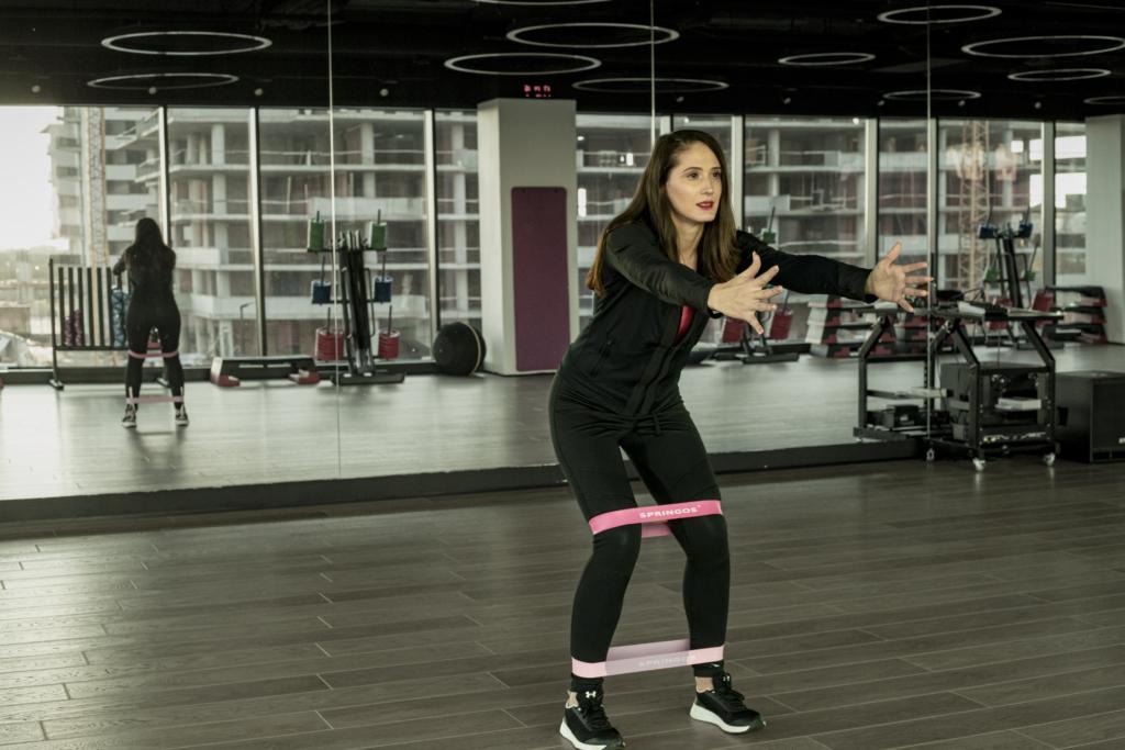 Benzile elastice pentru antrenament : acasă și la sală